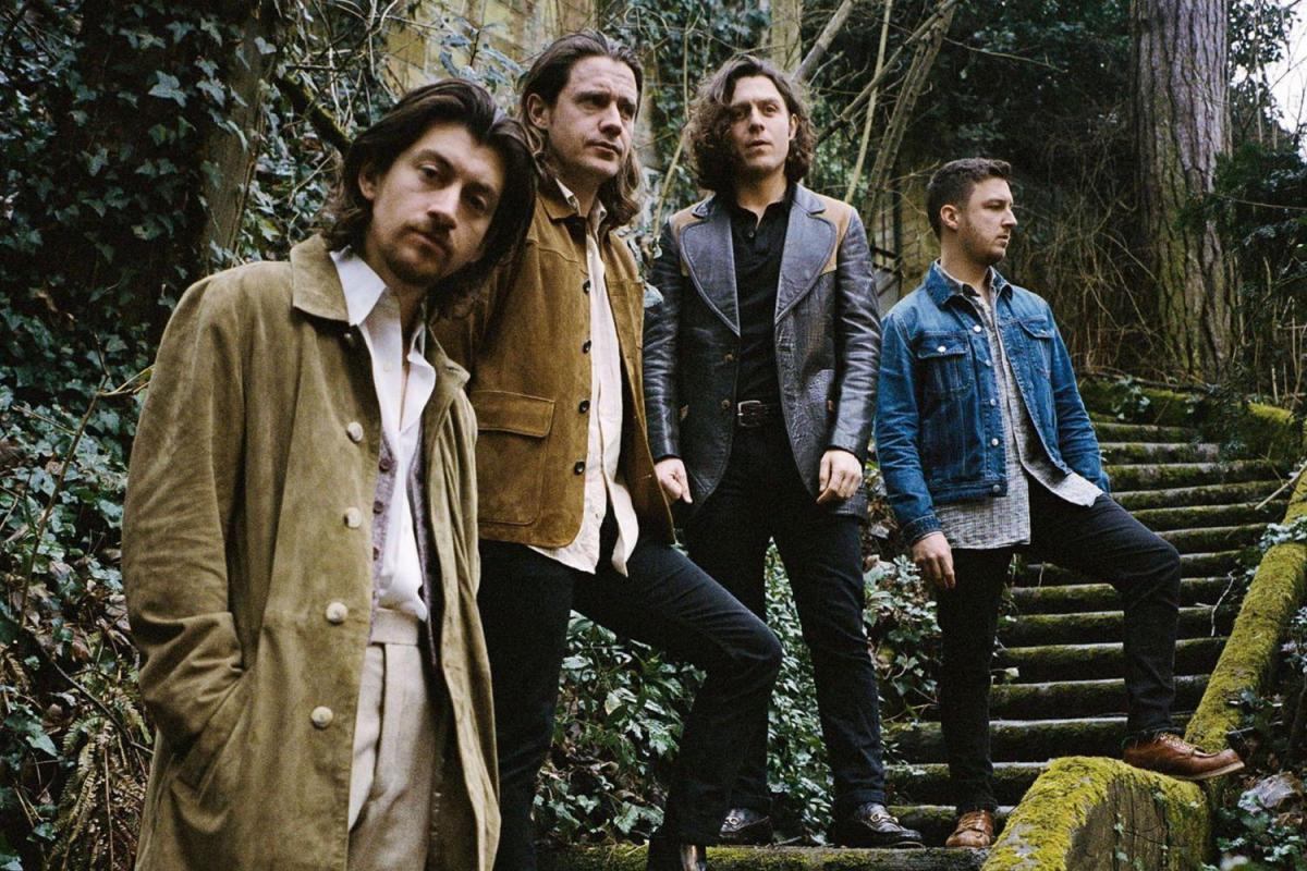 ALBUM REVIEW: Arctic Monkeys - Tranquility Base Hotel & Casino